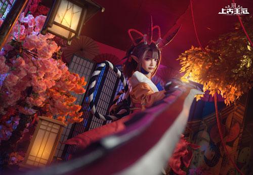 图7-《上古王冠》龙姬cos.jpg